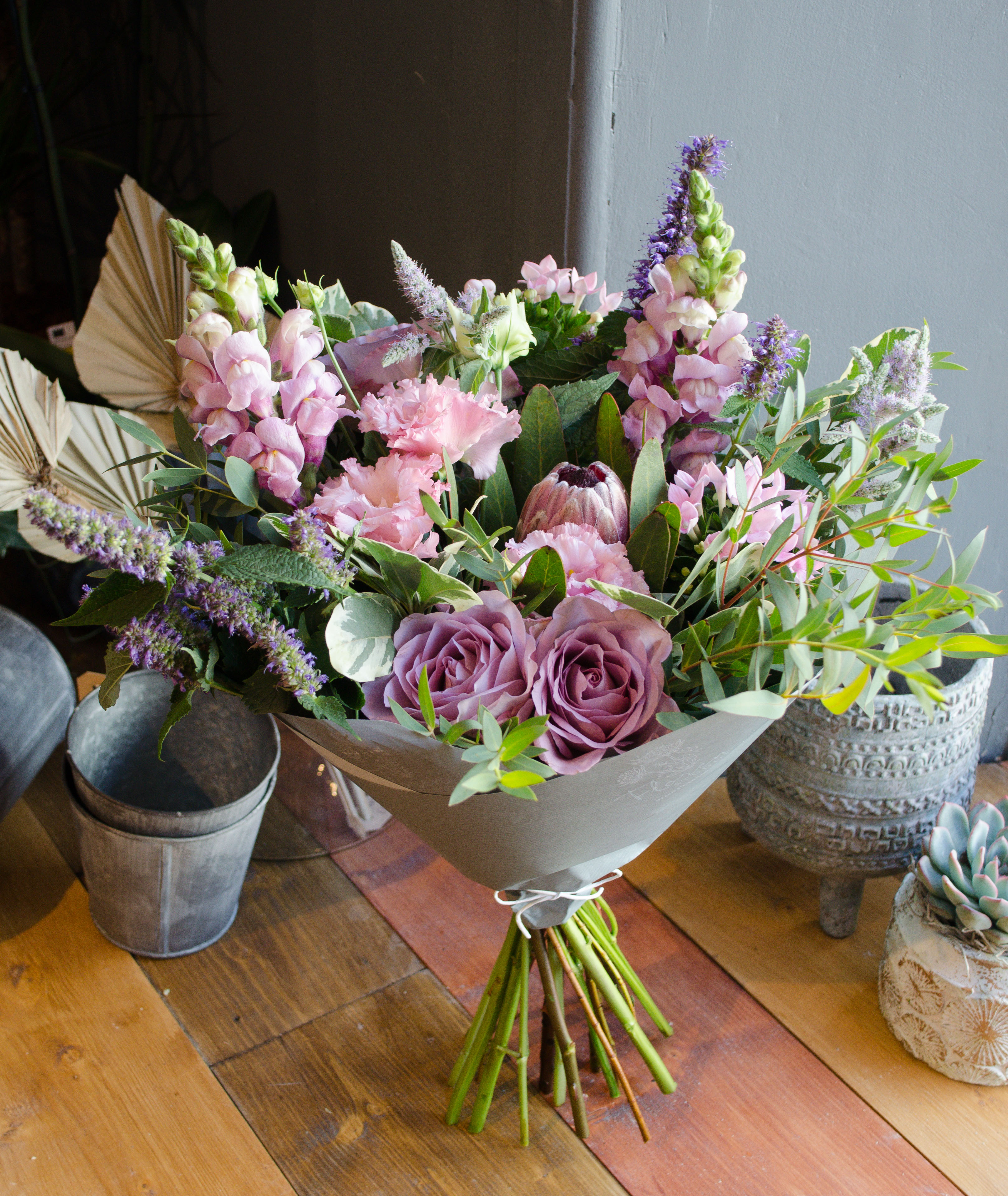 Flower delivery in exeter topsham exmouth