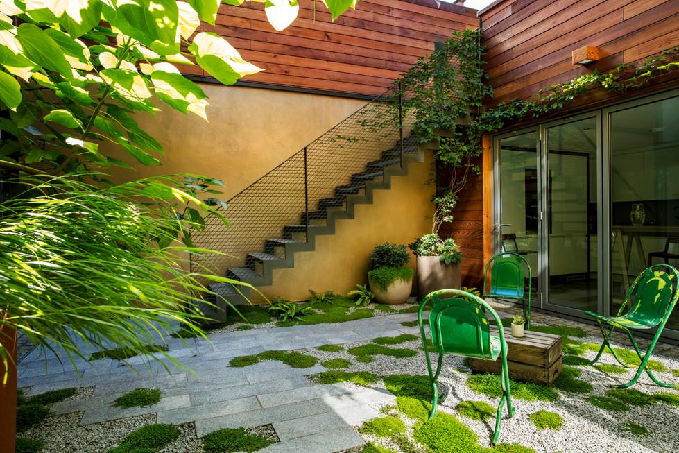 Peacock Place garden Sept'16MH__0824.jpg