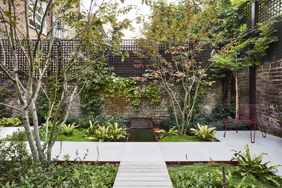Goldhawk Road garden Sept17_0013.jpg