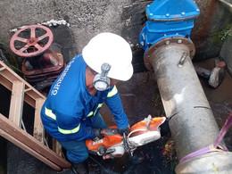Com objetivo de medir a quantidade de água distribuída, SANEOURO instala macromedidores nas ETAs