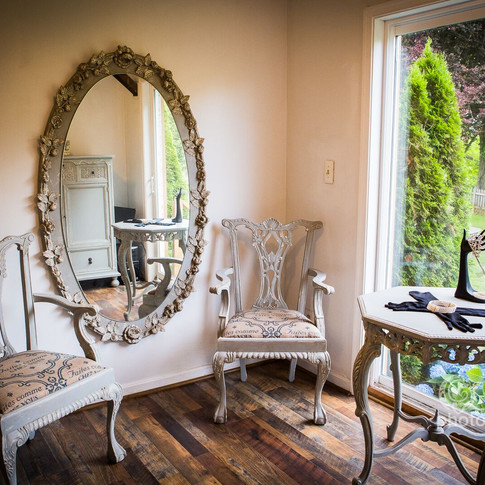 mirror and chairs.jpg