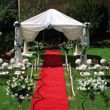 Outdoor-Wedding-Decorations.jpg