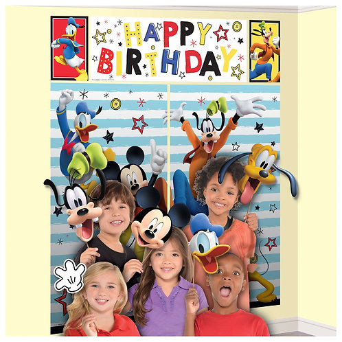 ©Disney Mickey on the Go Scene Setters® With Props