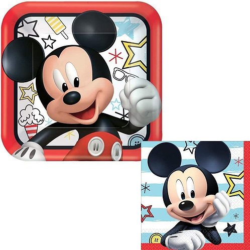 "©Disney Mickey on the Go 9"" Square Plates"