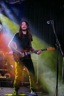 Kenny Guitar 3.jpg