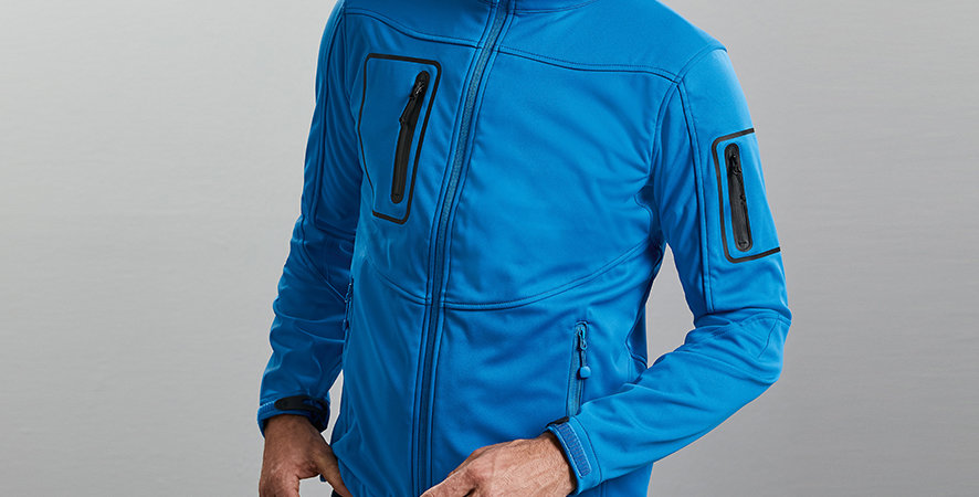520M Russell Sports Shell 5000 Jacket;