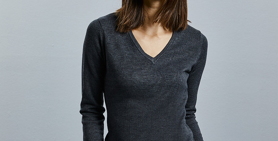 Russell Collection Ladies Cotton Acrylic V Neck Sweater 710F