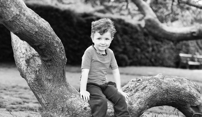 Child portraits: Tips on achieving natural smiles