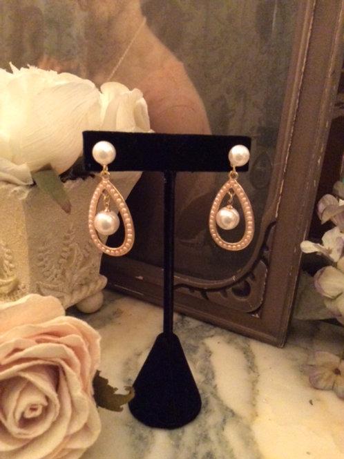 Floating Faux Pearl Earring