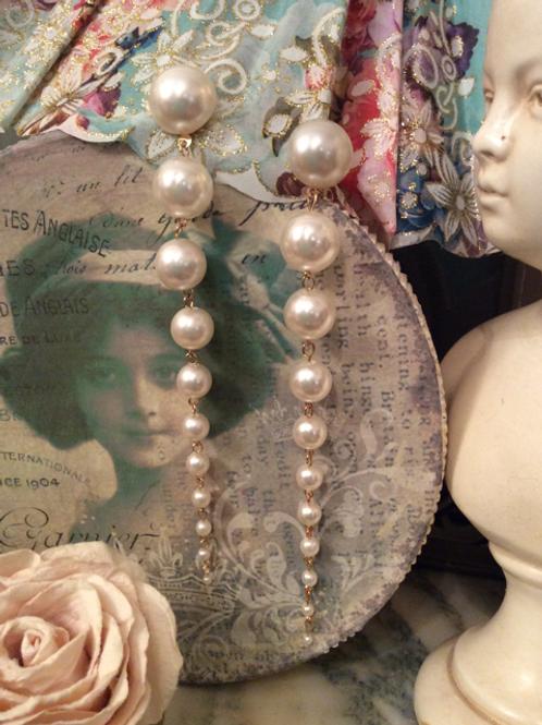 Cascading Faux Pearl Earring