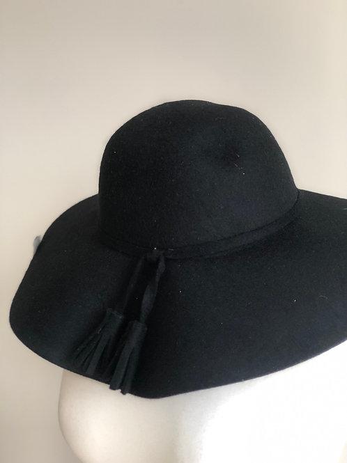 Black wide rim hat