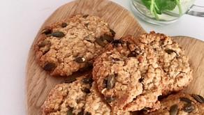 Pumpkin seed and raisin oat cookies