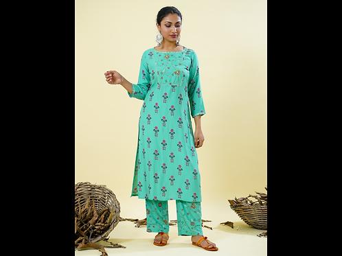 Chacha's 101823 Printed cotton silk kurta set with yoke embroidery
