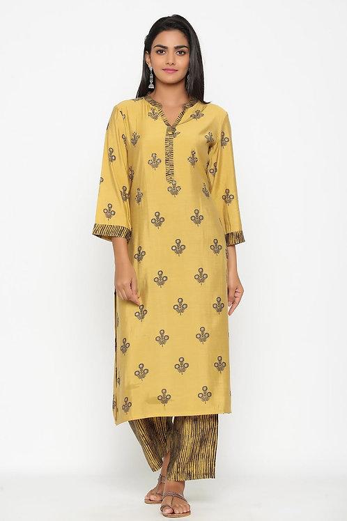 Chacha's 101851 printed rayon kurta with striped rayon palazzo pants