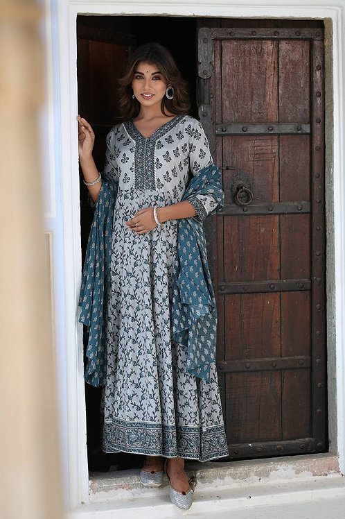 101862 muslin Anarkali kurta with dupatta