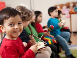 6 pasos para hacer música con niños pequeños