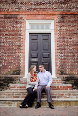 Colonial Williamsburg Engagement Pic