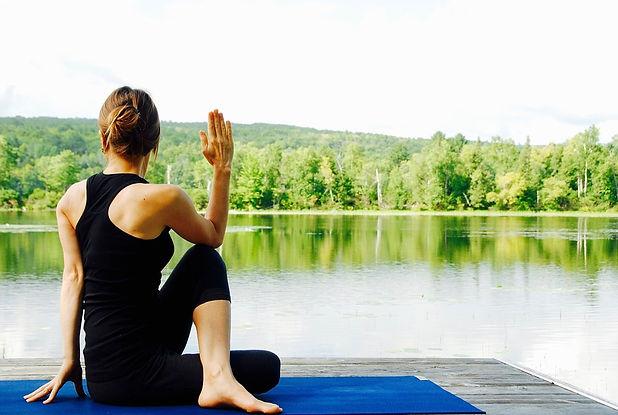 yoga-1812695_960_720.jpg