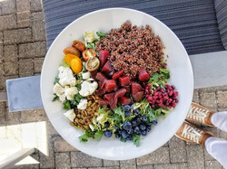 ❤️The Red Quinoa Salad was EVERYTHING! _