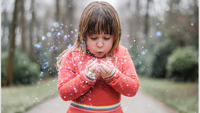 Have Fun with Glitter on your Photo Shoot - The Almond Family