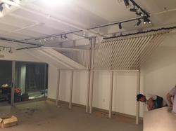 Floor-to-Ceiling Post Unit