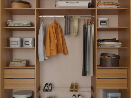 Наполнение для встроенных шкафов-купе: советы по расположению внутренних полок и вешалок