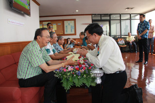 Rod Nam Dum Hua- Songkran celebration at Walailak coordination unit, Bangkok