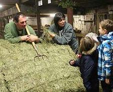 visite de ferme en acttivité aux estables, dans le mézenc