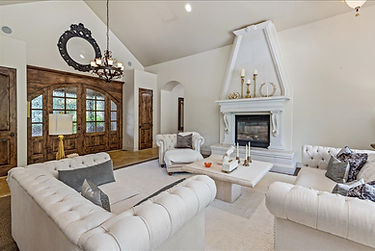 24-813 West Two Rivers Drive-24.jpg