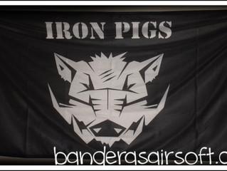 Pigs, bandera de 2 metros