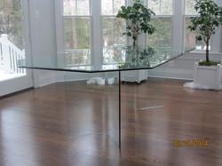 all_glass_table3.JPG