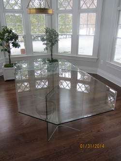 all_glass_table4.jpg