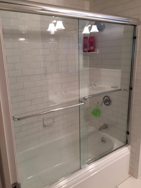 Bathtub Semi-Frameless slider