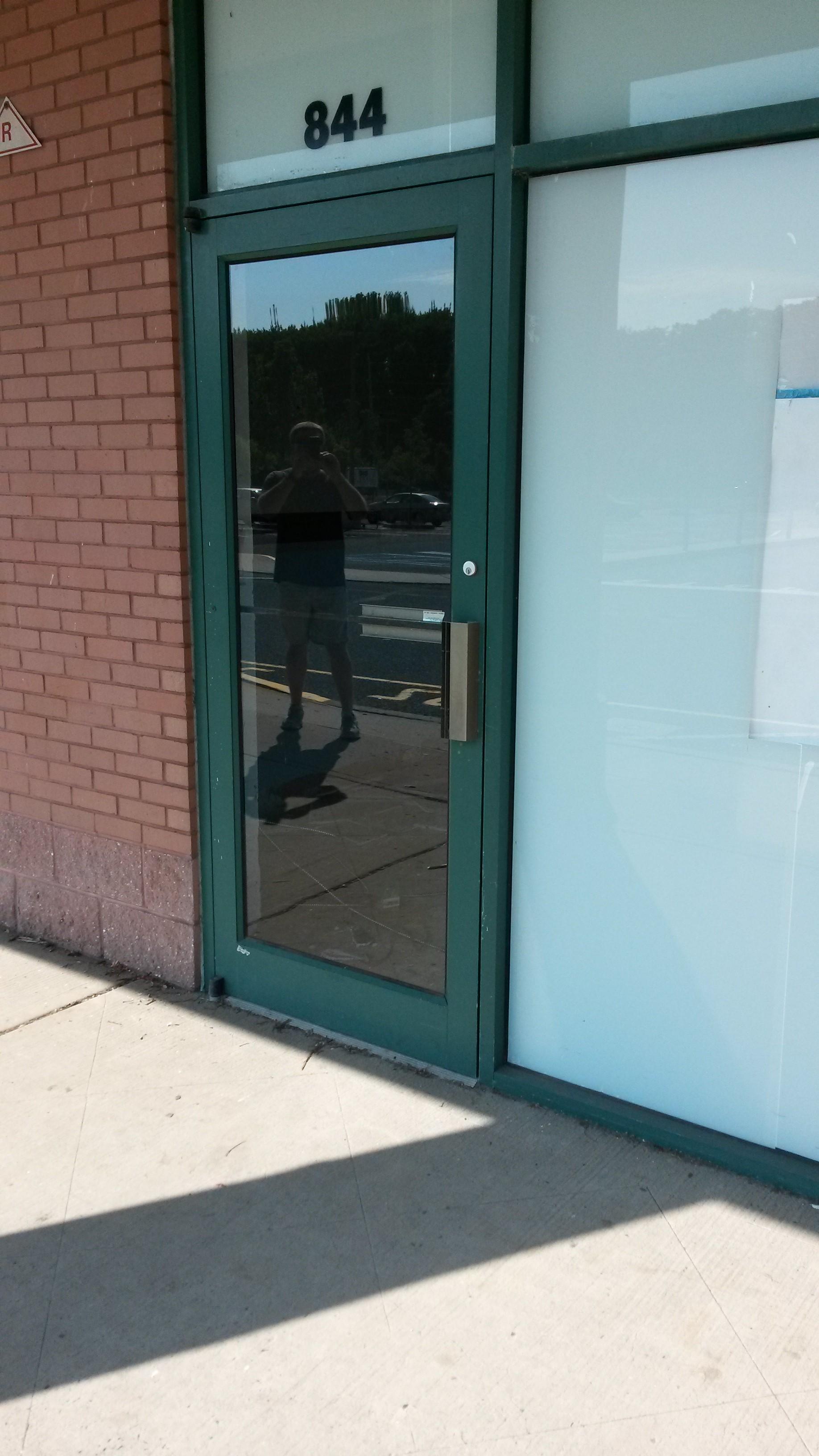 comm door2.jpg