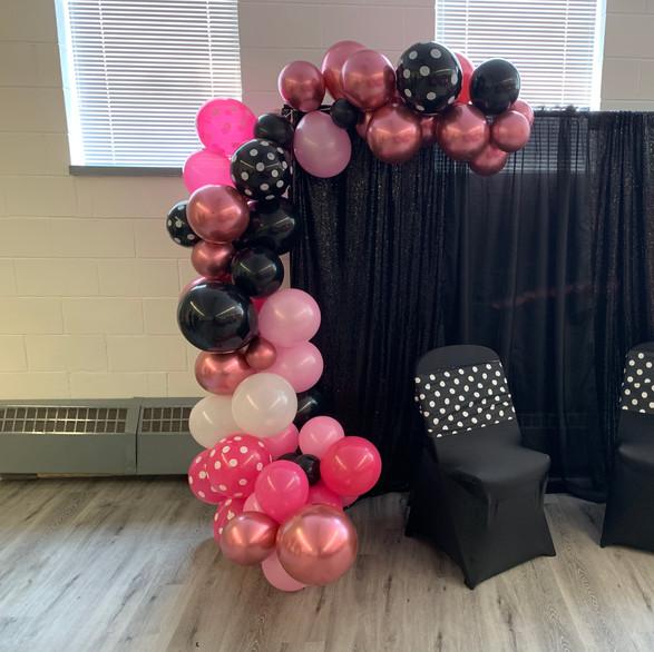 Backdrop ans Balloon Cascade