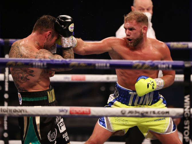Billy Joe Saunders Dominates Martin Murray
