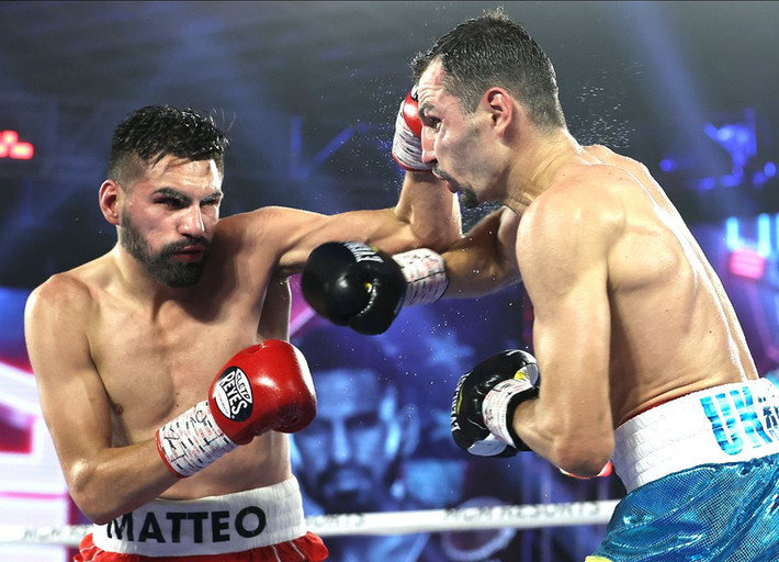 Jose Ramirez Edges Viktor Postol Retains WBC/WBO Titles