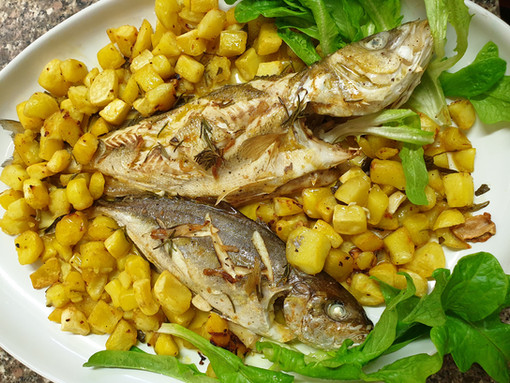 Pesce al forno con le patate