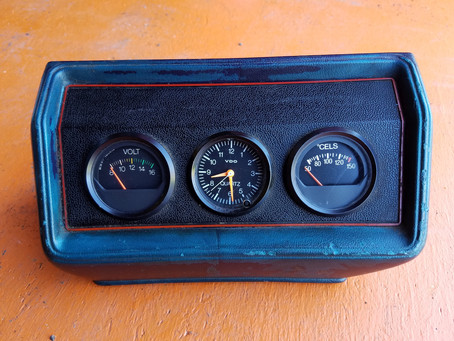FS MK1 Golf Center Console Gauge Pod