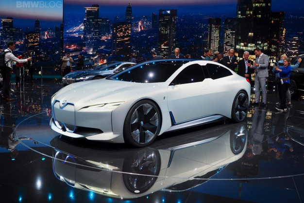 Bmw S I4 Electric Vehicle Should Give Tesla A Run For Its Money