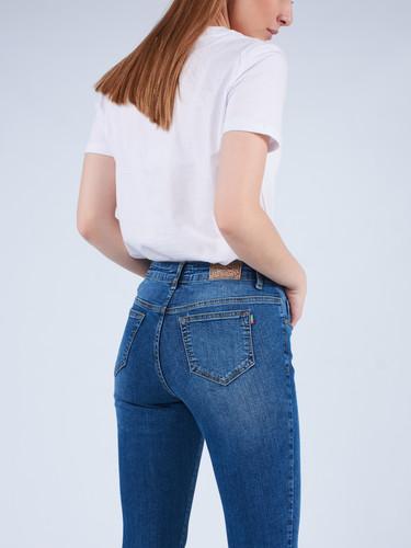 Crown_Jeans_Women (6).jpg