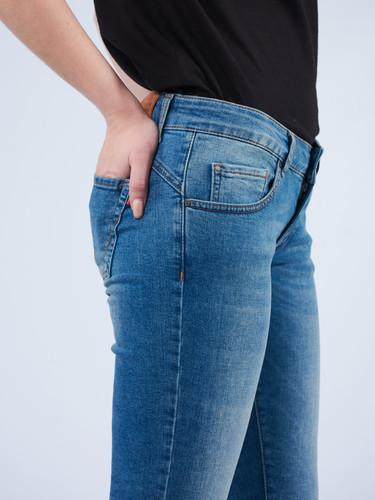 Crown_Jeans_Women (28).jpg