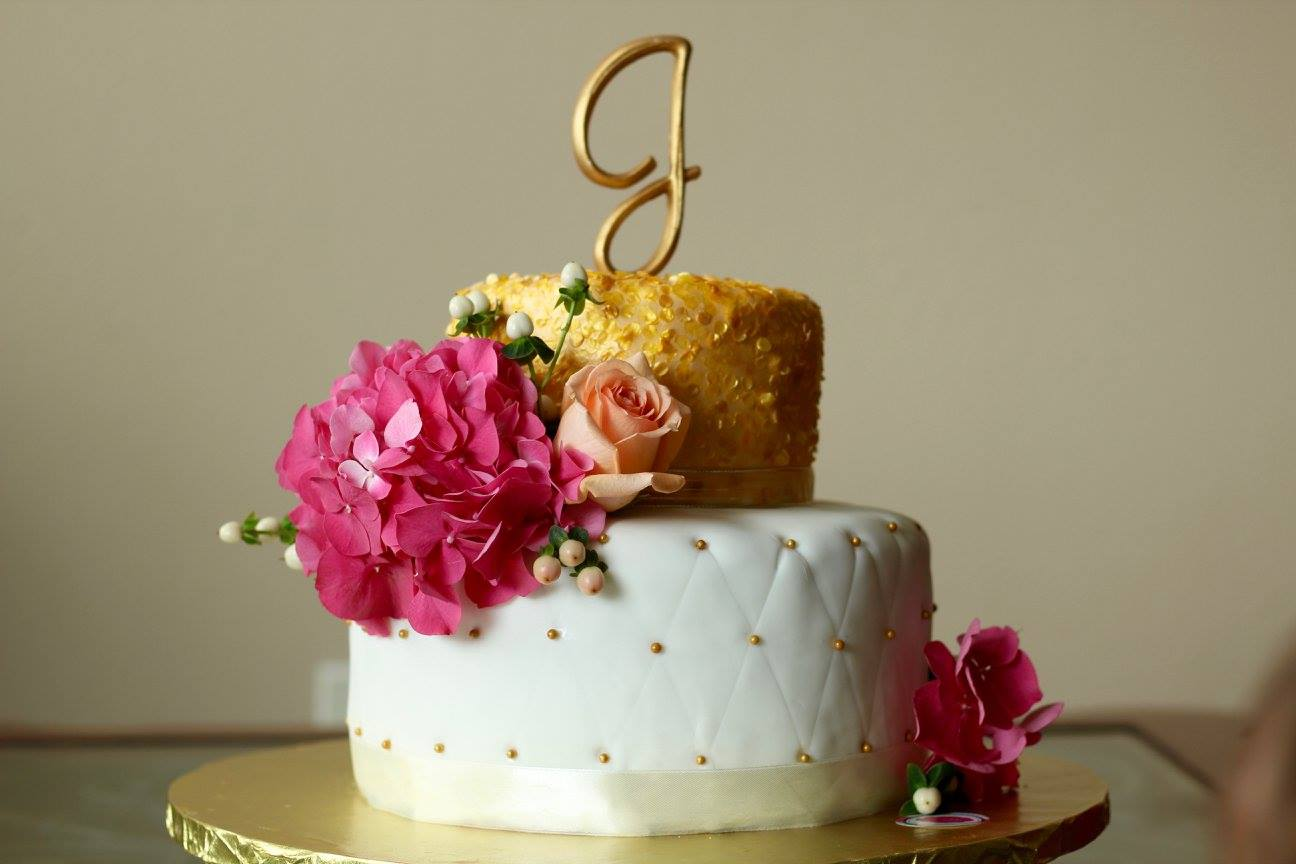 Elegant Bridal Shower Cakes