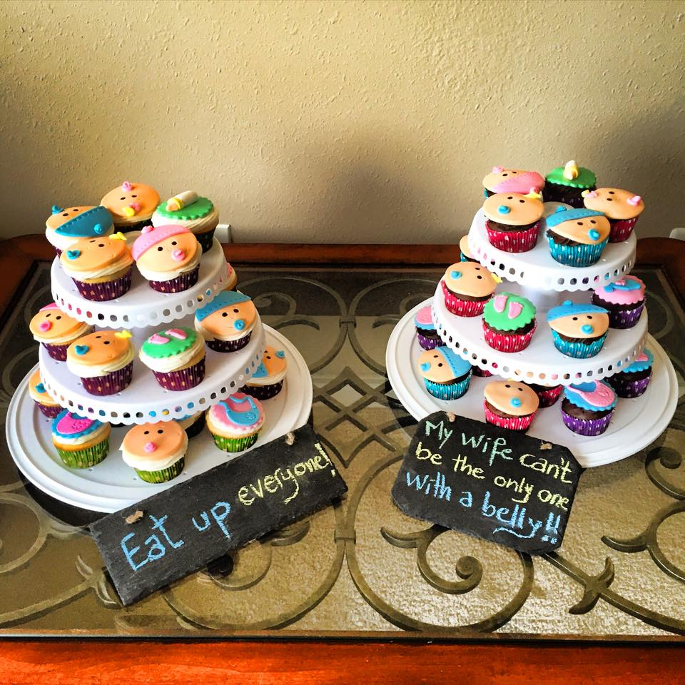 Pregnancy Announcement Cupcakes