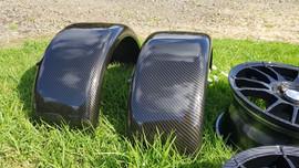 guards and wheels - carbon fibre 1.jpg