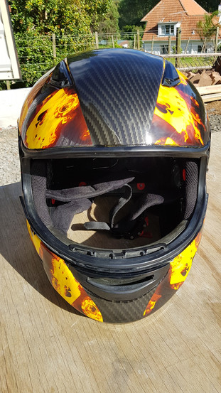 helmet - flaming aces and carbon2.jpg