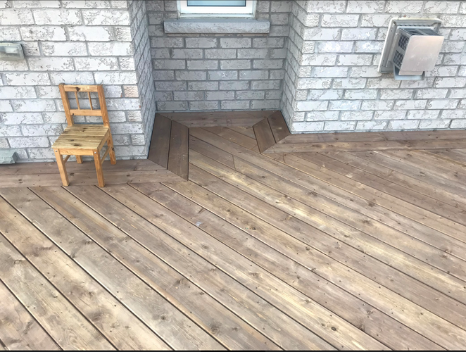 Angled deck boards with border