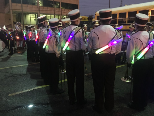 Marching band seniors reflect on past Silver Bells