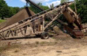 Screening Topsoil.jpg