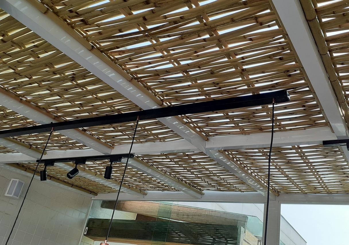 forro de bambu para pergolas
